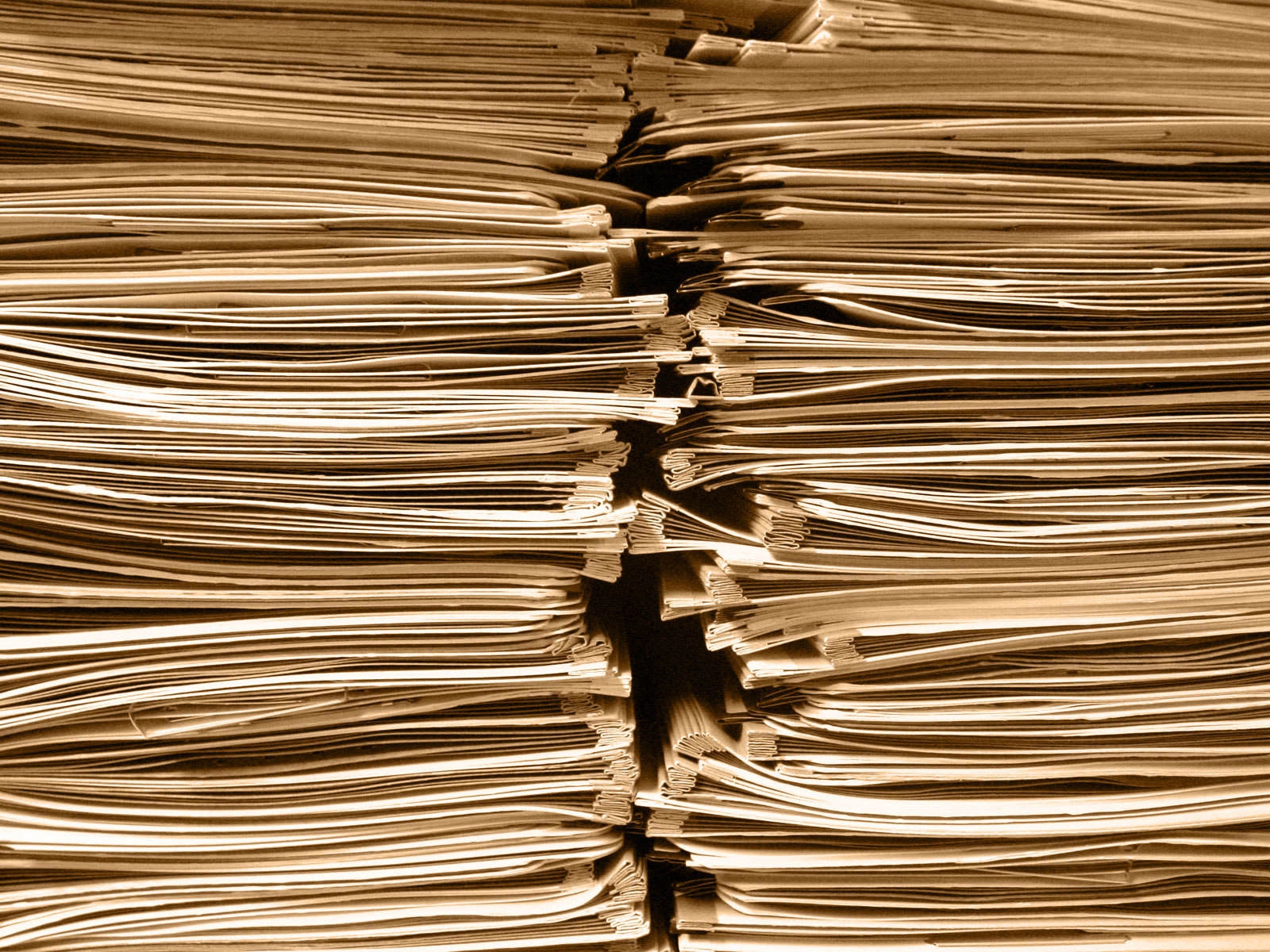 Inadvertent Disclosure of 347 In-House Counsel Emails Waives Attorney-Client Privilege