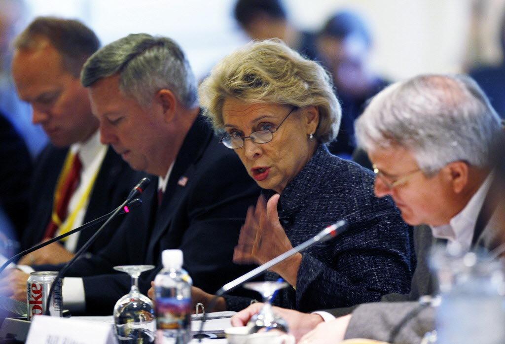 Former Governor Gregoire wins privilege argument